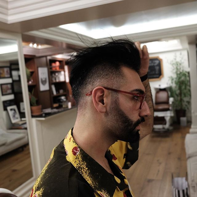 Sometimes you need to fade the beard just to show that you can 😌#frontierbarber #livesharp #beard #barbershopconnect