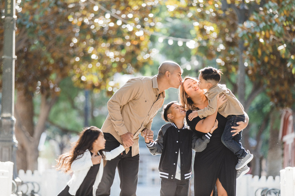 Family Mini Session $150 - • 30 Minutes Coverage• Up to Five People ($25 extra per person)• One Location• 20 Edited Digital Images• Additional Photos $5/each• Online Gallery