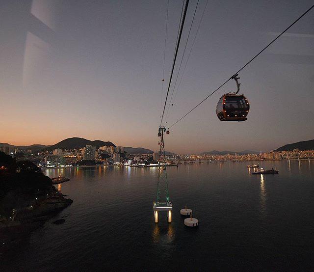 Sunset cable car ride in Songdo Beach, Busan, Korea. . . . . . . . . . . .  #instatravel #mytinyatlas #tlpicks #bbctravel #traveldeeper #forbestravelguide #fodorsonthego #wearetravelgirls #passionpassport #wanderlust #lonelyplanet #ladolcevita #travelgram #lovetravel #fradonoinkorea #seetheworld #justdoit #goshoot #travelphotographer #travelphotography #korea #darlingescapes #girlslovetravel #cablecars #songdobeach #travellife