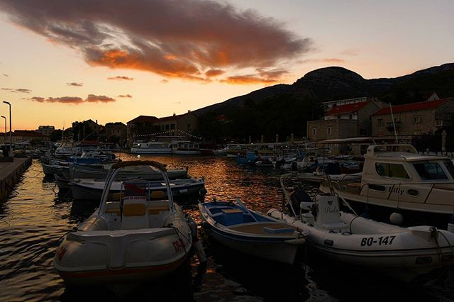 Croatian dreams  #brac #bol #croatia #mycroatiansummer . . . . . . . . . . #photographer #travellerslife #traveldeeper#ladolcevita #beautifulplaces #seetheworld #travelphotographer #traveladdict #travelblogger #welltraveled #creatorclass #globetrotter #sunset #beautifulmatters #neverstopexploring  #wonderful_places #awesomepix #places_wow #stayandwander #iamatraveler #adventureisouthere #letsgosomewhere #beautifuldestinations #living_europe#fradonoincroatia
