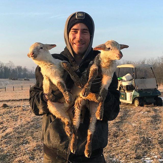 We love working with new shepherds! #dowhatyoulove #farmlife #shepherd #sheepfarm #lambs #katahdin #heritage #kentucky #kentuckykicksass