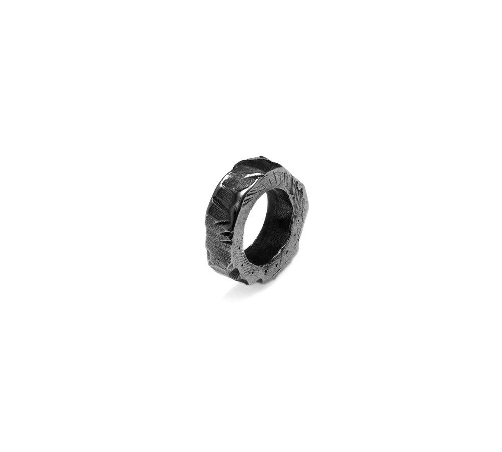 Ring black rhodium.jpg