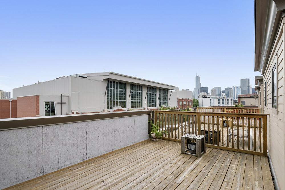 roof deck.jpg