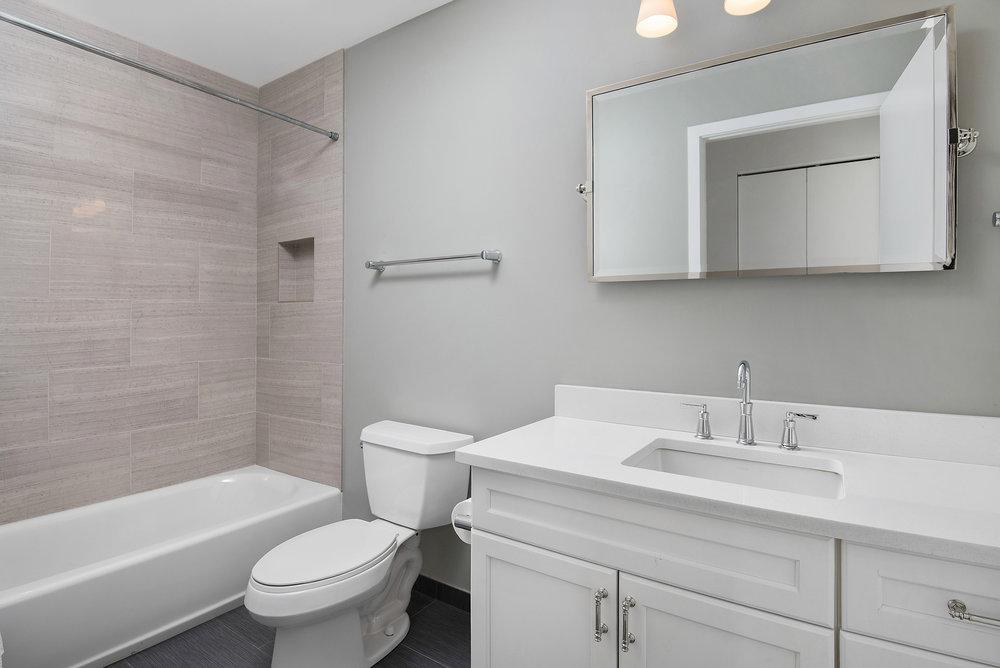 309 N Union -- Bath