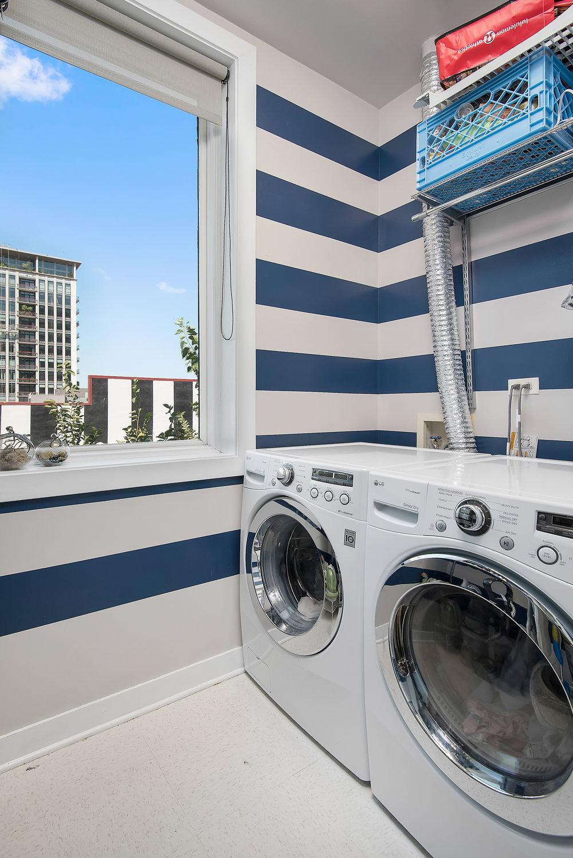 309 N Union -- Laundry