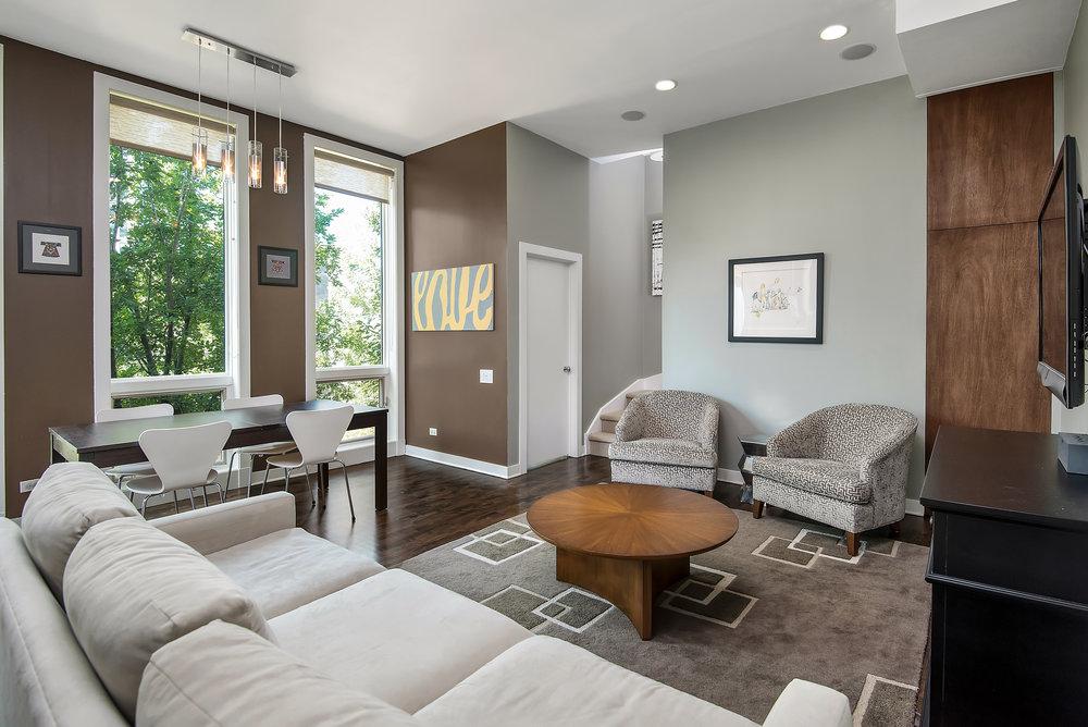 309 N Union -- Living Room