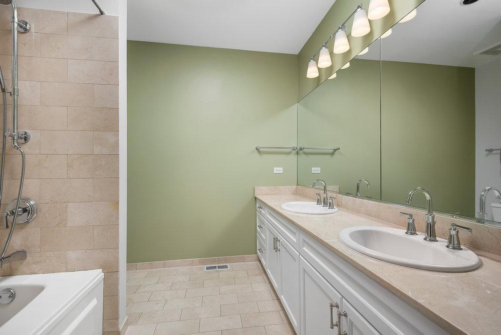309 N Union -- Master Bath