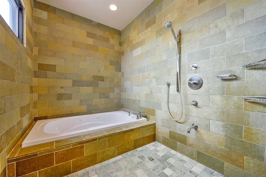 1843 W Grand -- Master Bath