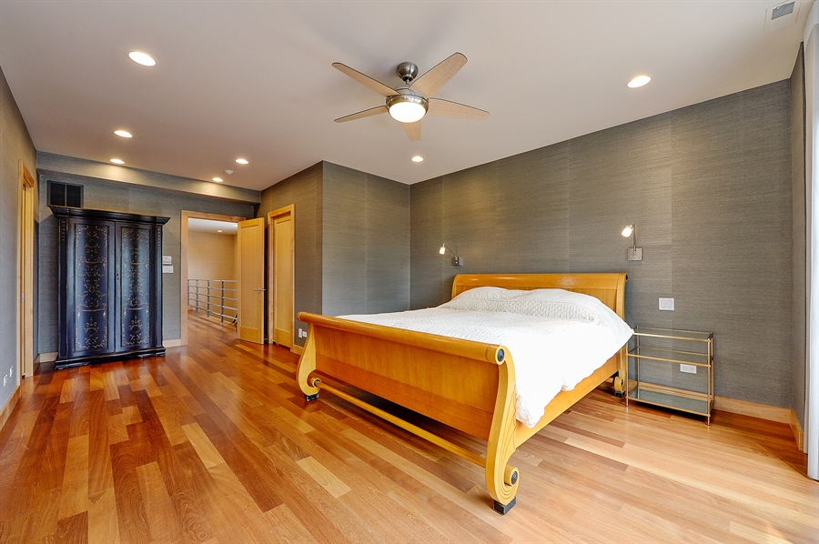 1843 W Grand -- Master Bed