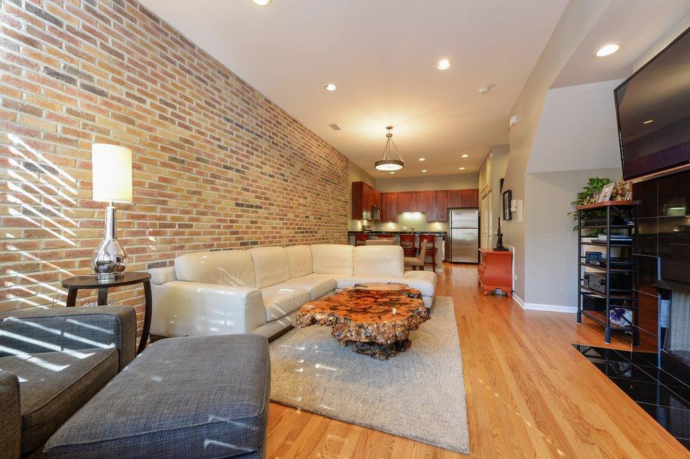 Brett-Review-RJ -Yozwiak-Chicago-Real-Estate.jpg
