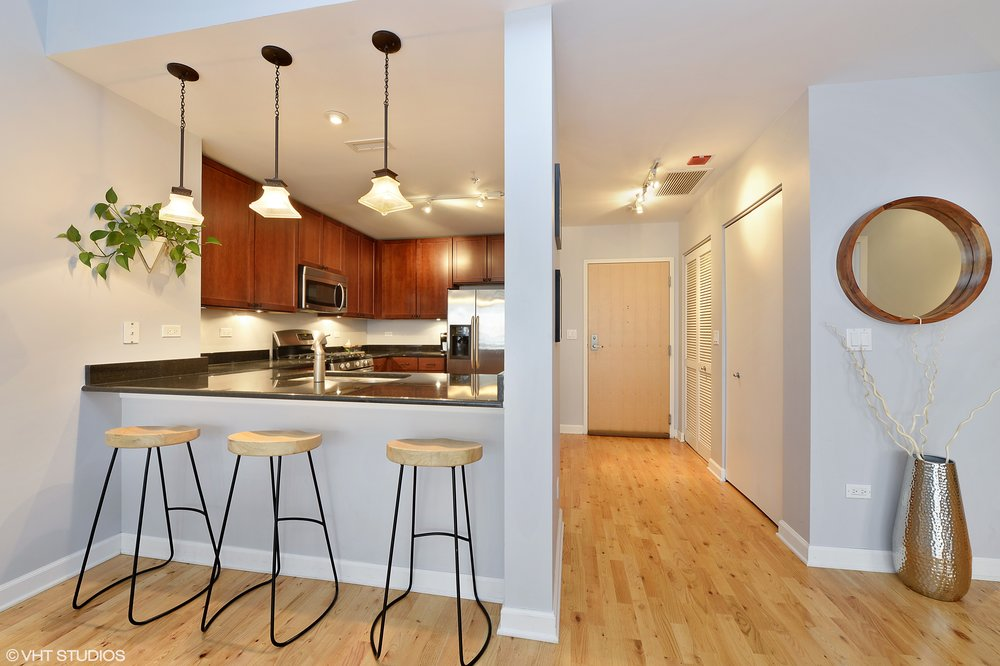 05_845Kingsbury_Unit411_5_Kitchen_HiRes.jpg