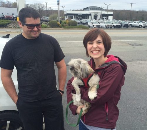 About to make his way to a new forever-home, Sir Quincy Quixote meets his adoptive parents from Massachusetts — finally!