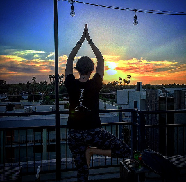 Rooftop yoga? Yes!