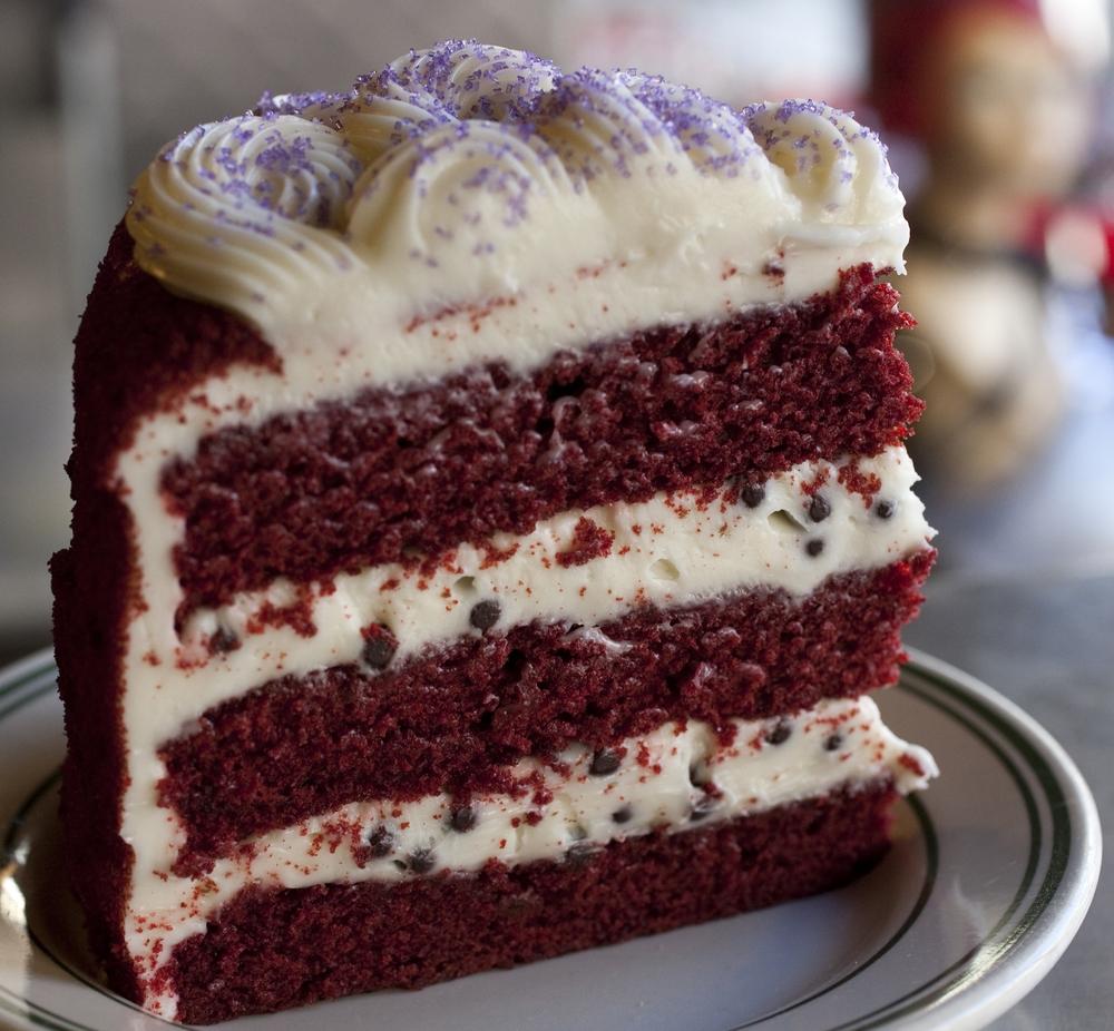 Red Velvet Cake w Chocolate Balls