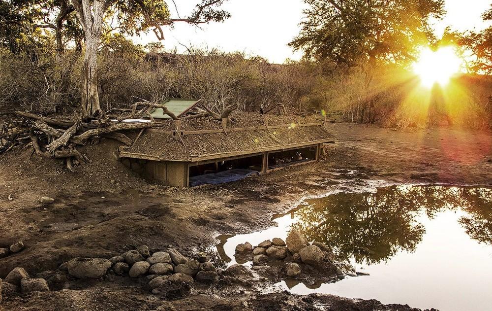 mashatu-hide-at-sunrise-Botswana-1024x646.jpg