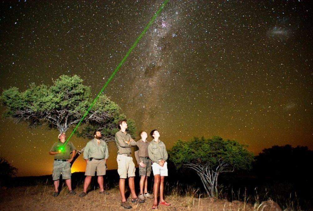 ET-stargazing-1-of-1.jpg