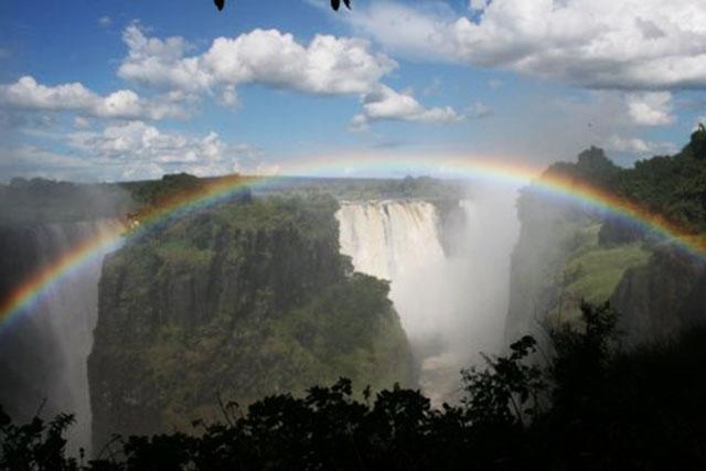victoria-falls-zim.jpg