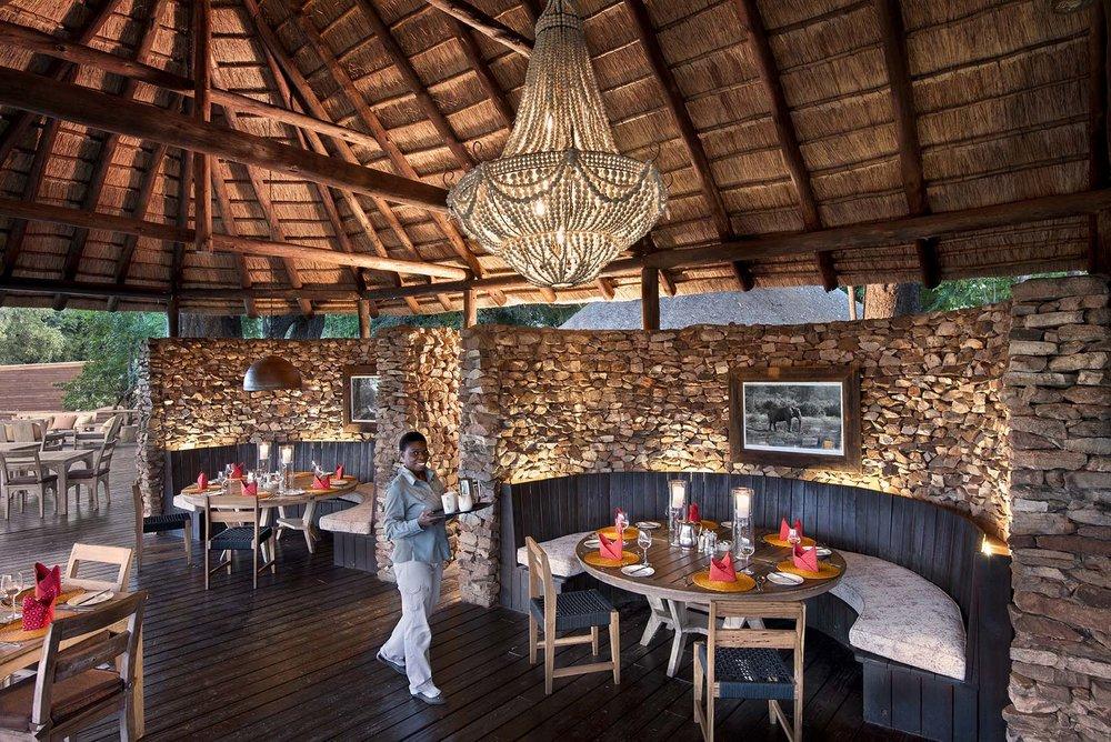 Pafuri_081_main_dining_area.jpg