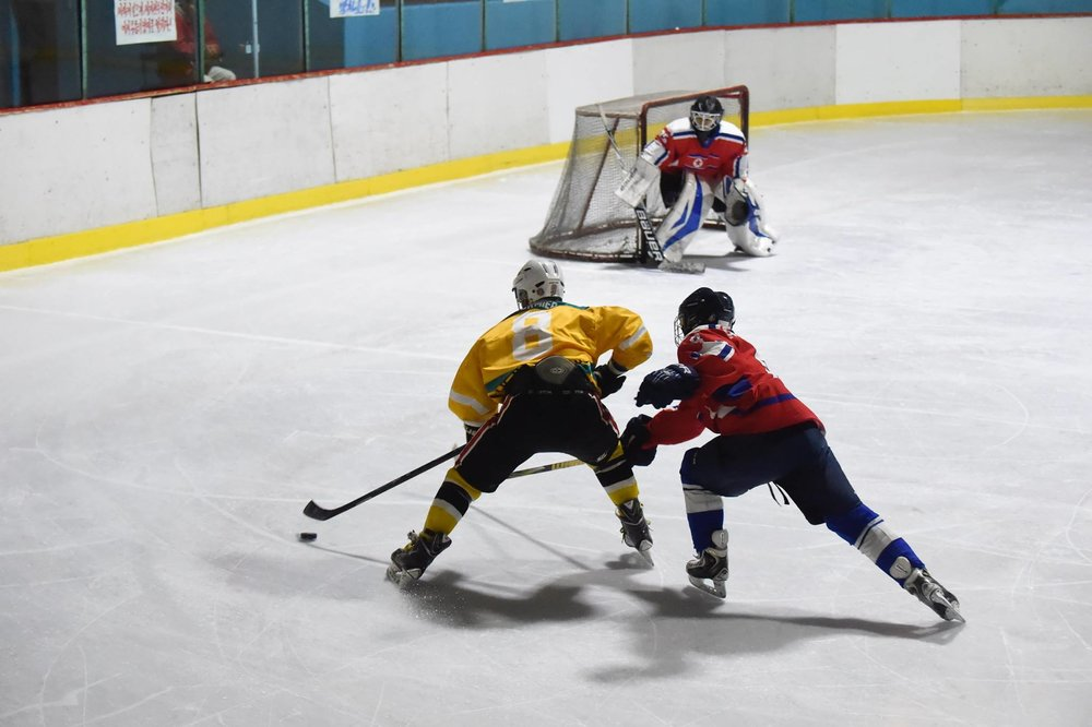 Yellow Black White  hockey uniforms jerseys socks