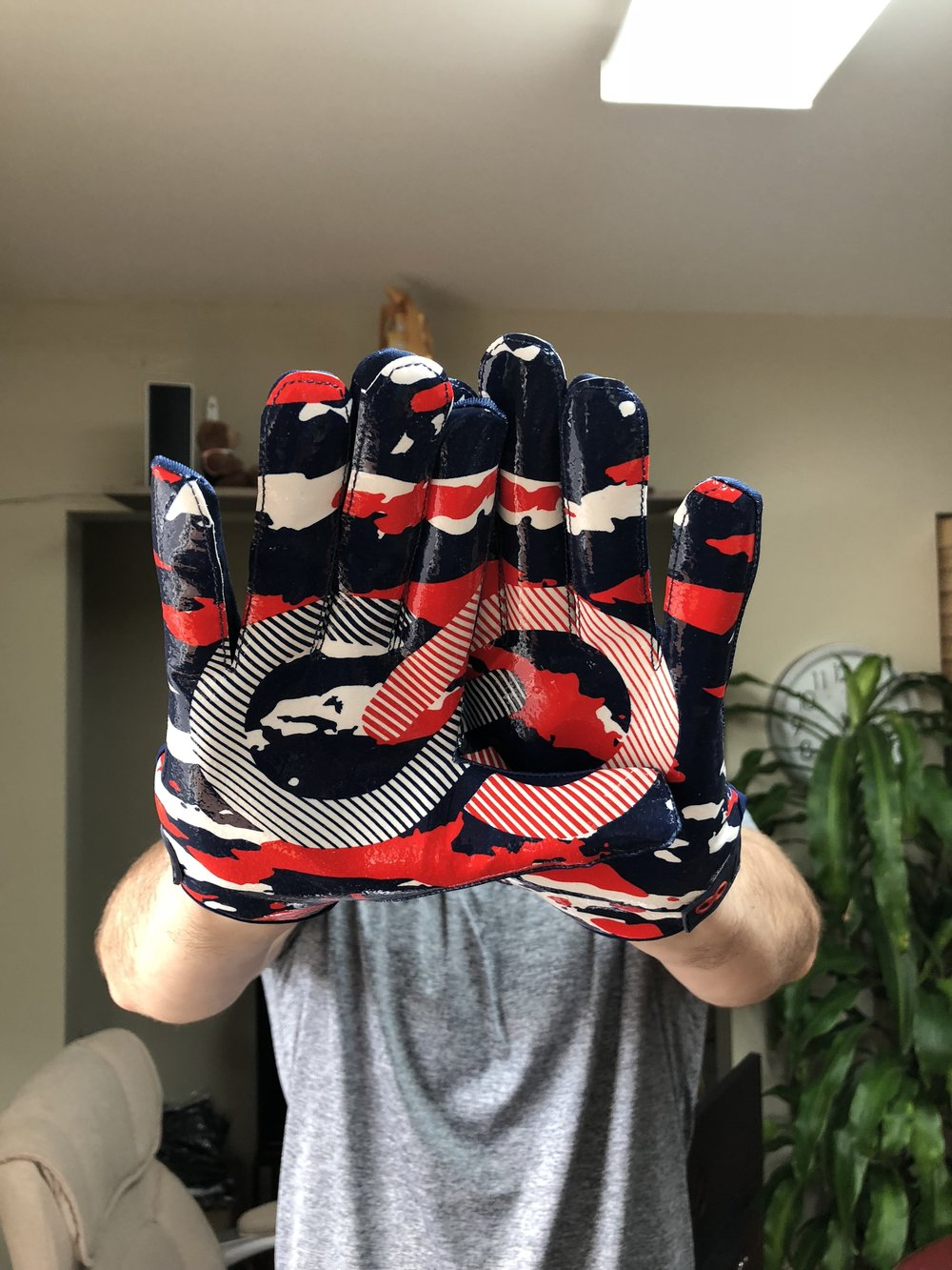Custom Made Football Gloves Wooter Apparel Team Uniforms And
