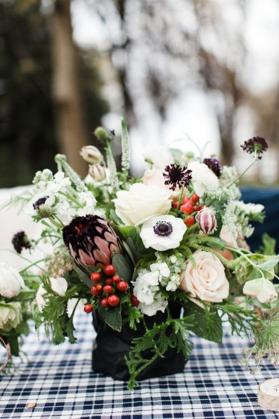 elegant neutral christmas florals