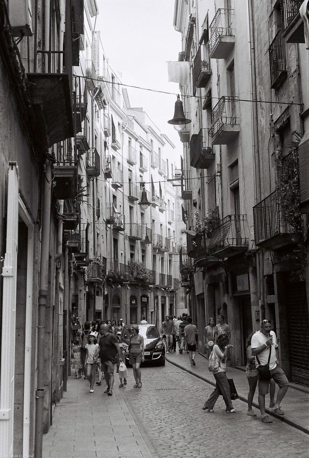 Streets of Girona. Girona, Catalonia - Leica M3 Afga APX 400