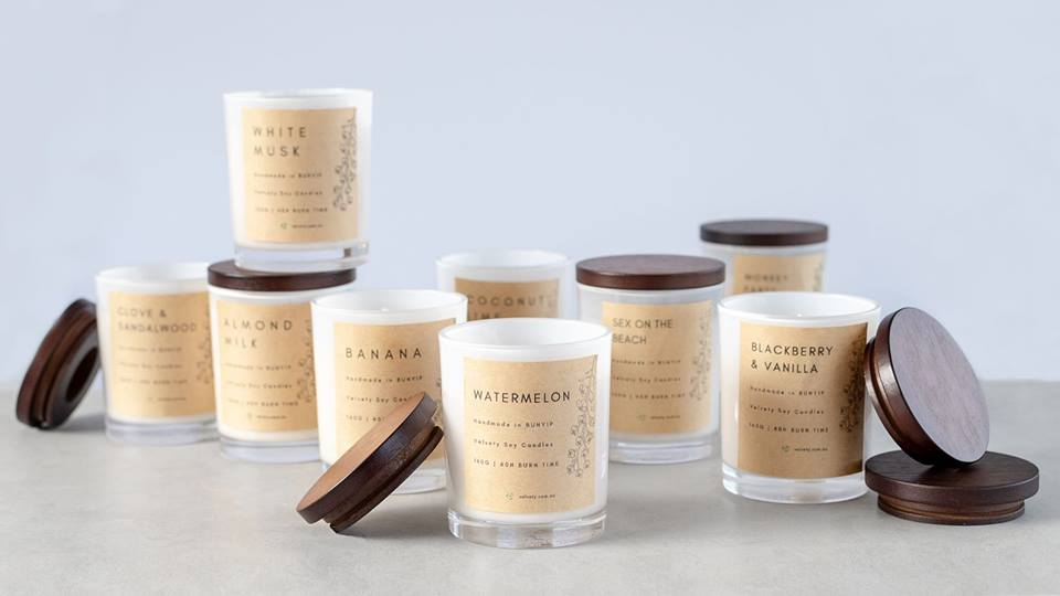 1. Velvety Eco Soy Candles - Vegan candles hand made using organic vegan wax in Bunyip,Australia.The perfect gift for those who enjoy natural & charming goods.