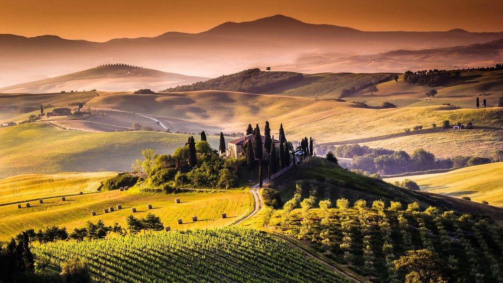 tuscany-red-hills.jpg