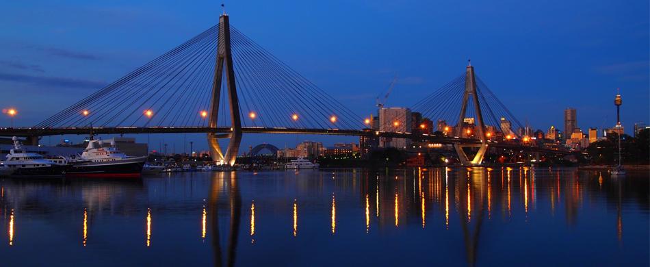 anzac bridge- night photography-sydney.jpg