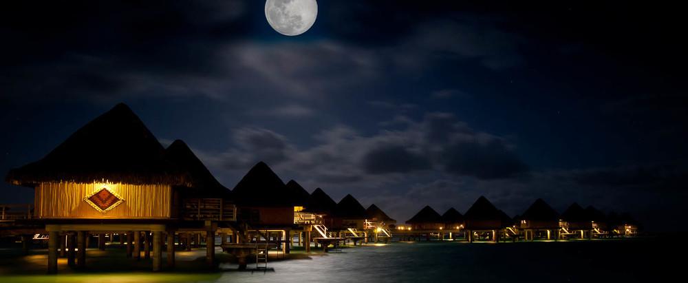 Bora moon (1 of 1).jpg