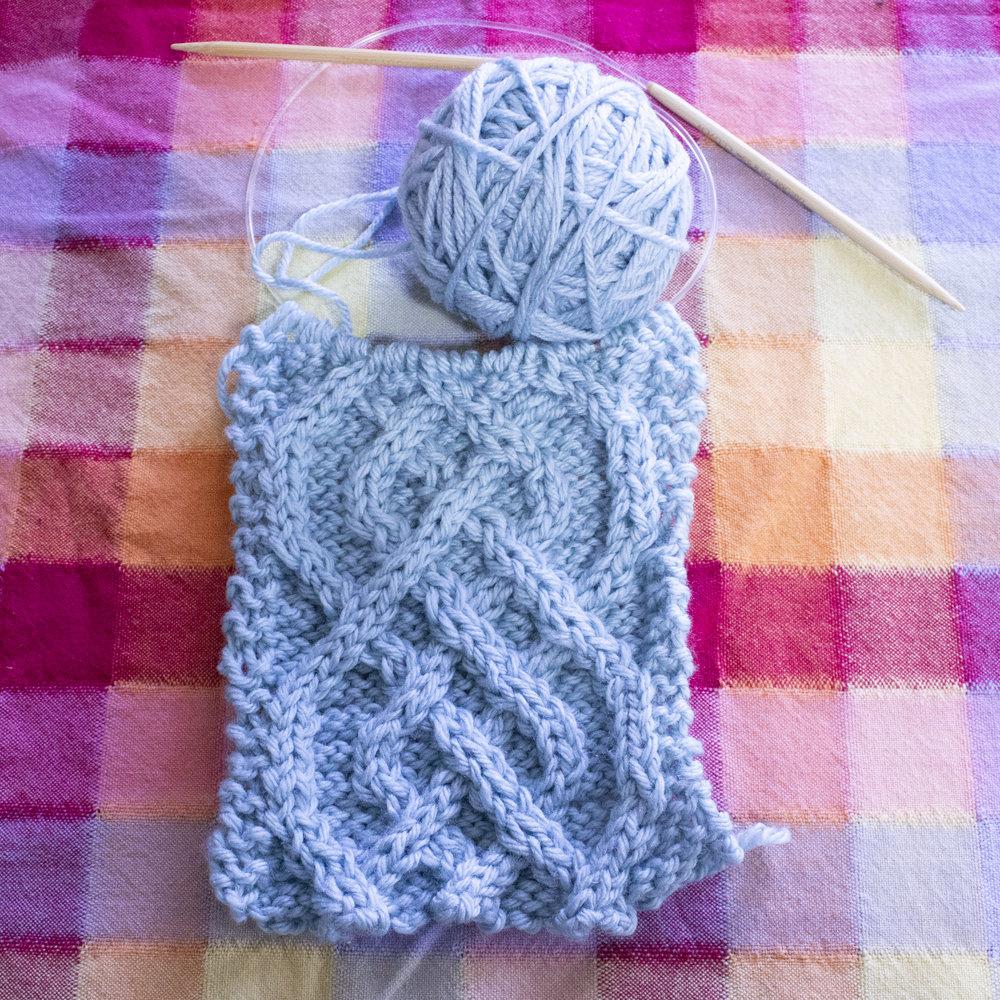 saxon braid knitting cable - star magnolias