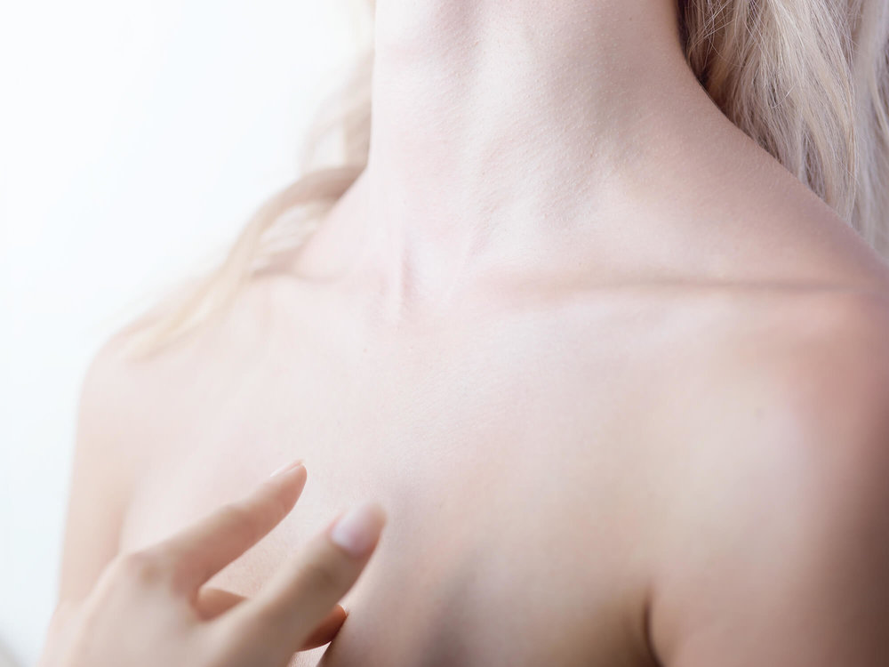 Ave-Sky- sensual-woman-neck.jpg