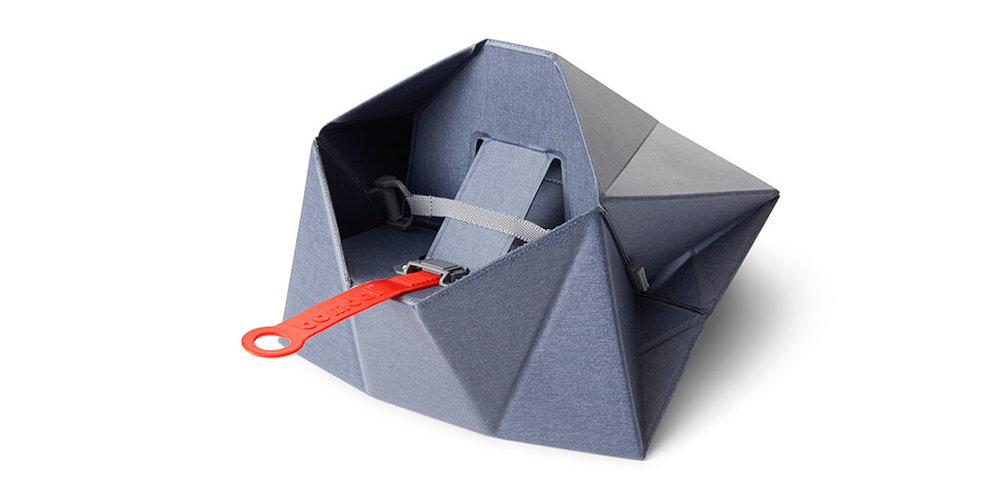 Bombol-Pop-Up-foldable-booster-seat-inside.jpg
