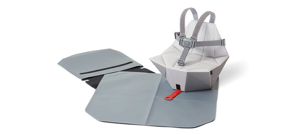 Bombol-Pop-Up-foldable-booster-seat-with-bag-and-seat-cover.jpg