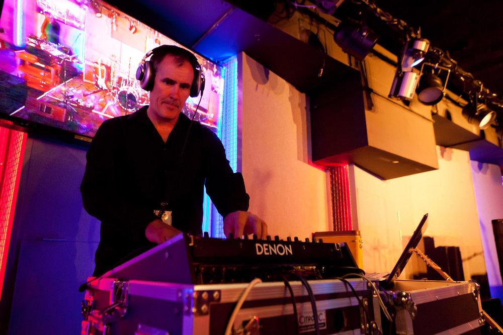 DJ Dwight