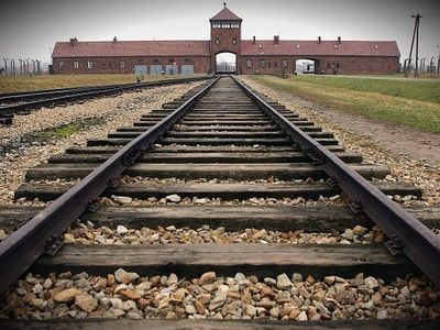 BLOG-HOLOCAUST TRACKS