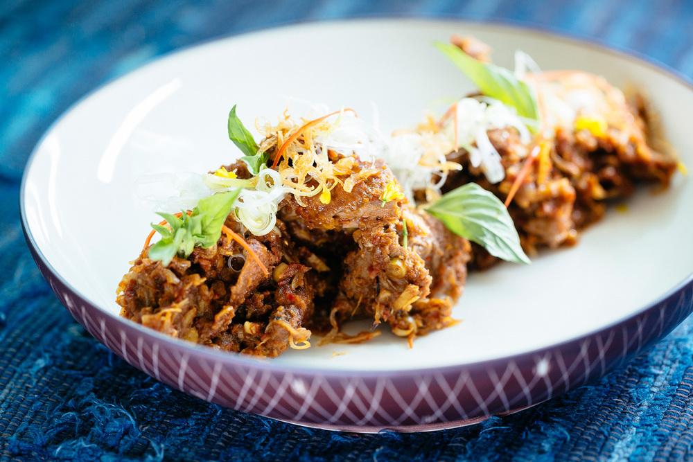 kaum-indonesian-cuisine-03.jpg