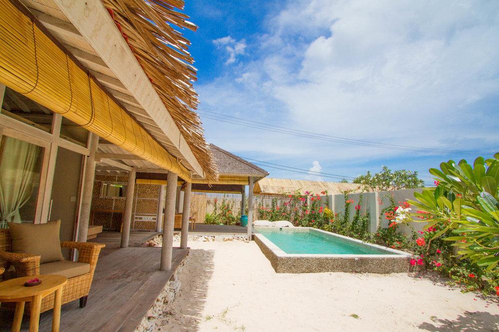 Relax exterior - 2 BDR - Avia Villa Resort
