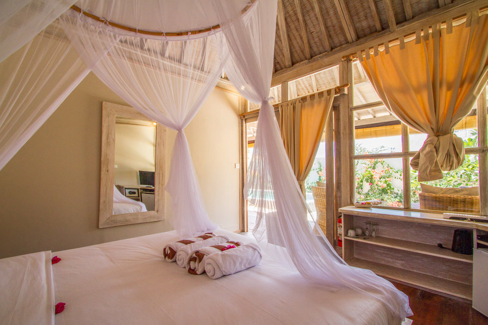 Bright bedroom - Gili Meno