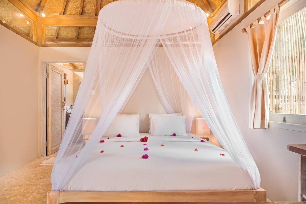 Romantic-bedroom-Avia-Villa.jpg