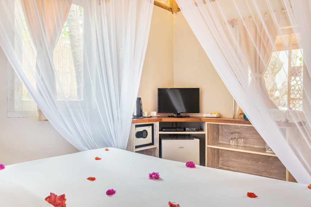 Bungalow-Avia-Resort.jpg