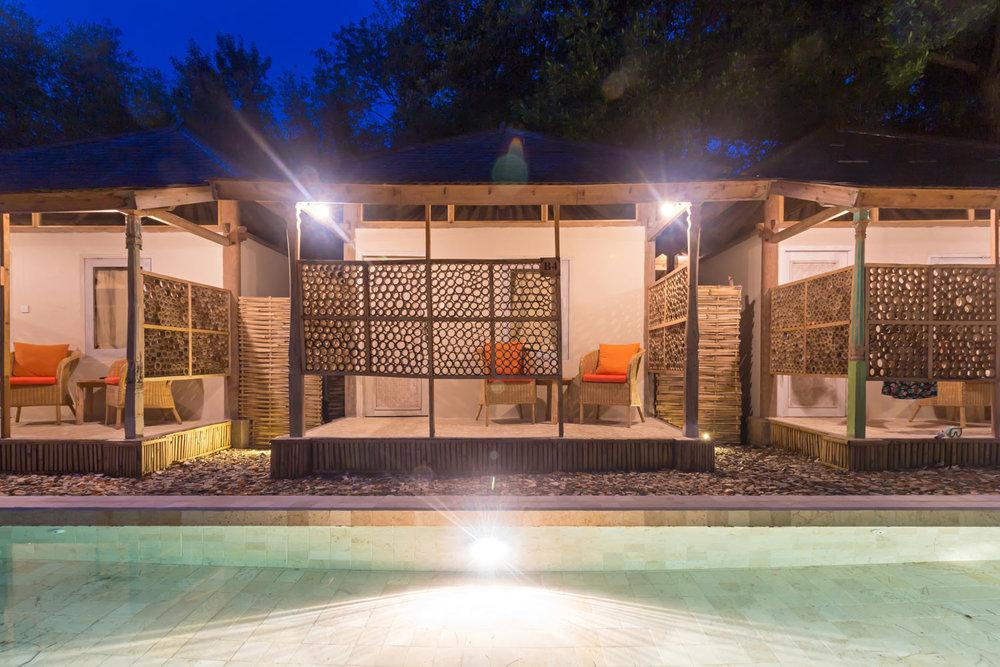 Bungalow-night-AVIA-Villa.jpg