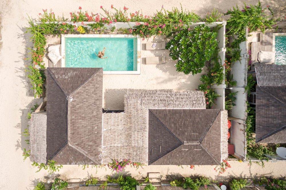 Drone view - Avia Villa Resort  Gili Meno