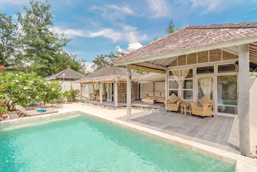 Beachfront 2 bedrooms villa with pool and garden Avia Villa Resort - Gili Meno