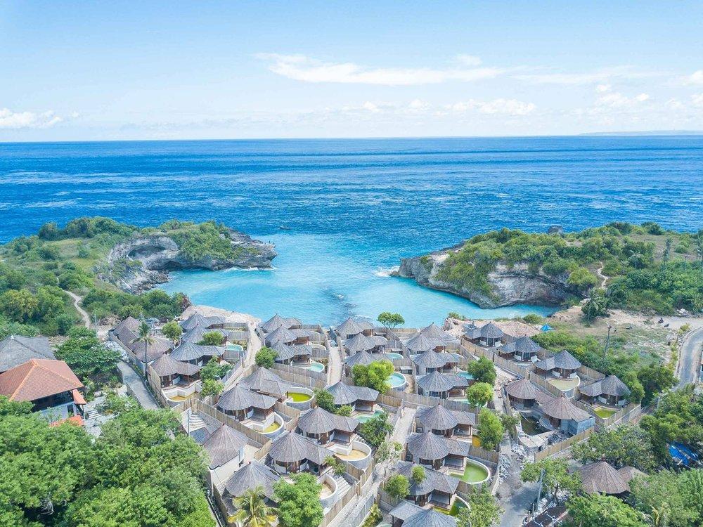 avia-villa-resort-view-nusa-ceningan-bali.jpg