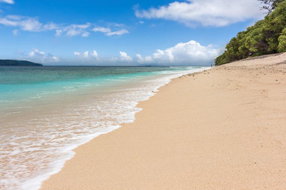 Beautiful-beach-Gili-Meno.jpg