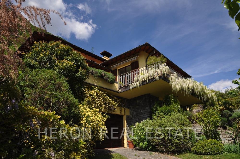 modern villa Lake Como