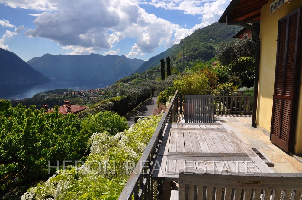 villa sale Lake Como