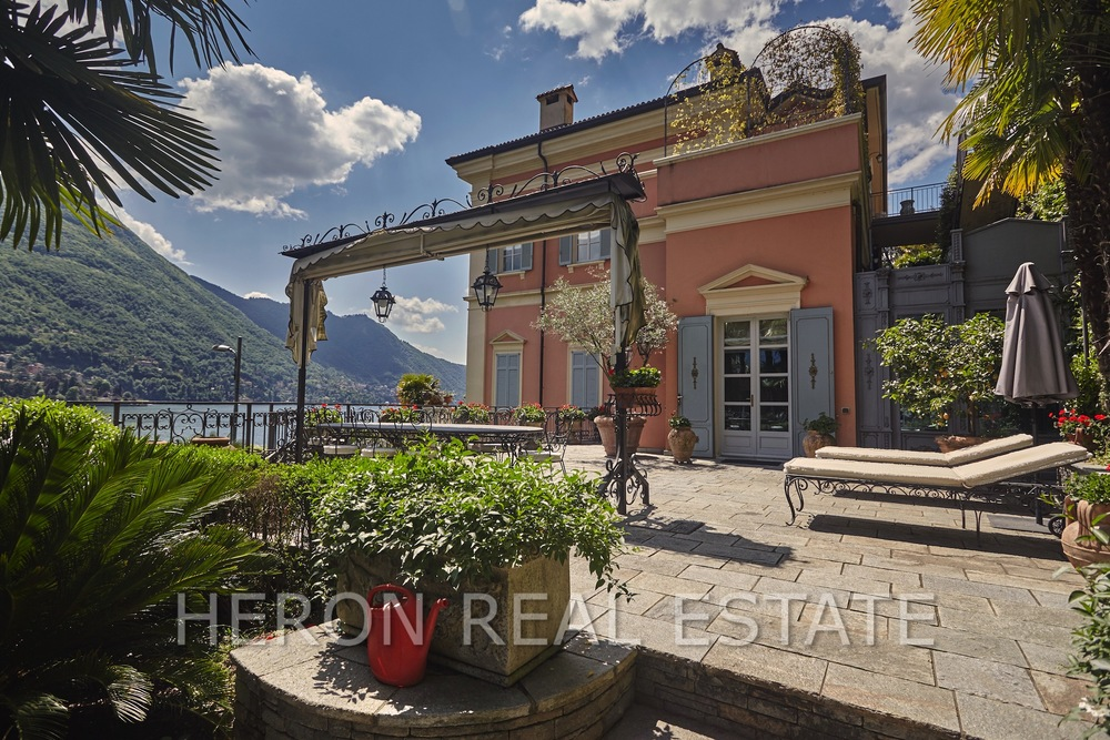 Property with lake access Lake Como