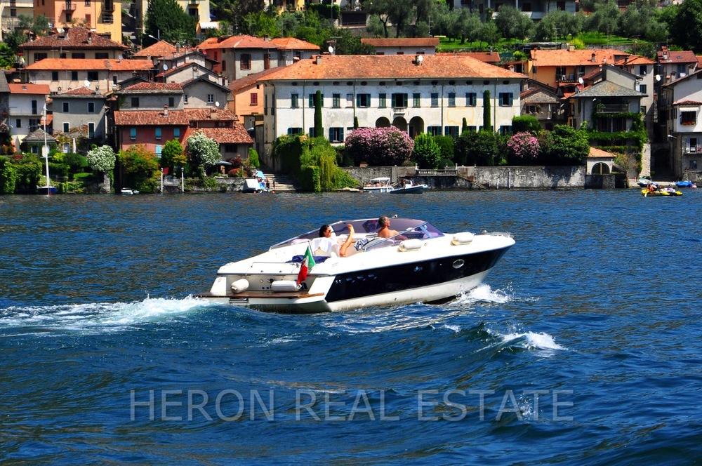 Lake Como good life